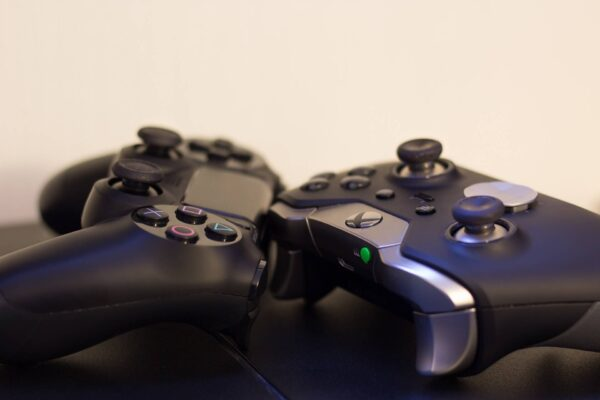 PS5 vs. Xbox Series X: Welche Konsole ist besser?