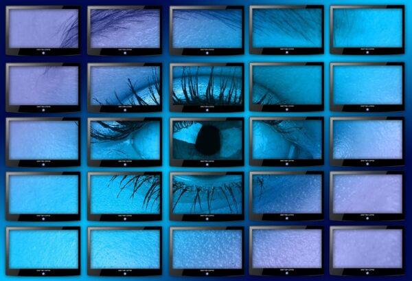 LED-Technik setzt neue Maßstäbe – so finden Sie den richtigen Werbemonitor!